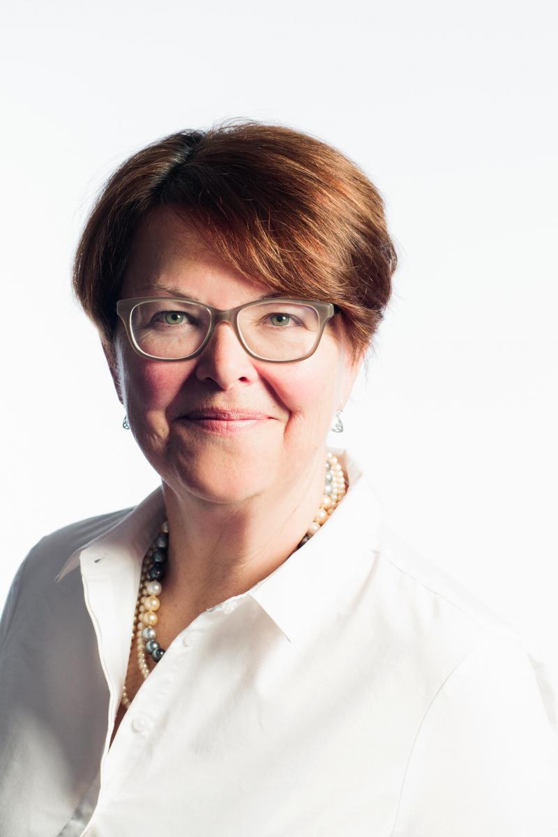 Linda  Hunter-VYC Presenter